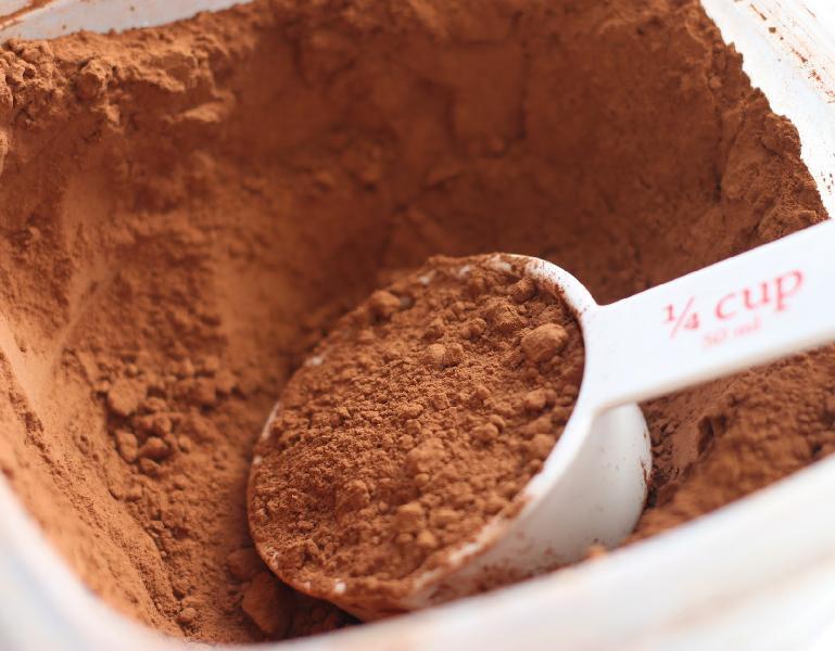 ویژگی های پودر کاکائو نچرال اصل و باکیفیت (natural cocoa powder)