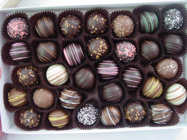 فروش اینترنتی روغن سی بی اس شکلات سازی